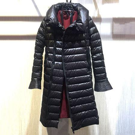 红贝提羽绒服Y6J4037 白鸭绒黑色