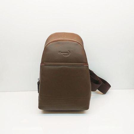 鳄鱼恤男士背包AG00038-1B专柜正品