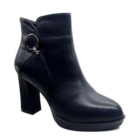 富贵鸟 秋冬新款女鞋 G710886
