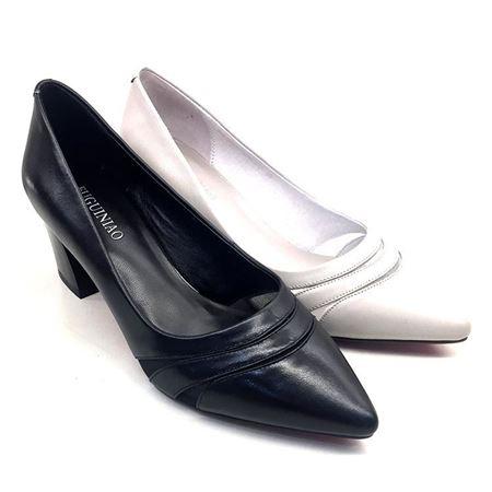 富贵鸟 春季新款女单鞋 F8010897C 黑色/白色