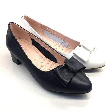 富贵鸟 春季新款女单鞋 F8018201C 黑色/白色