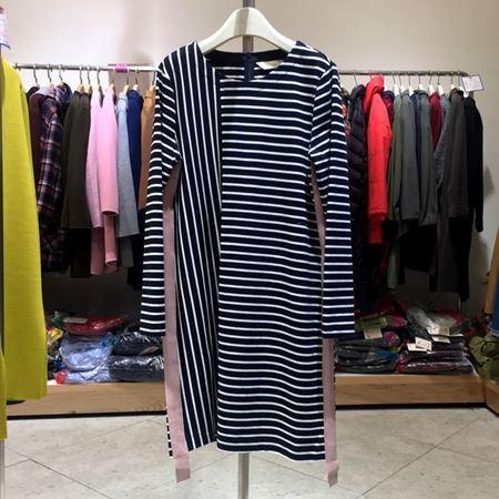 易菲 H型长袖连衣裙 1802Y205 彩虹的弧线