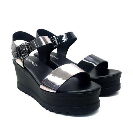 富贵鸟 夏季特价女式凉鞋一口价339 2018年新款 多款任选