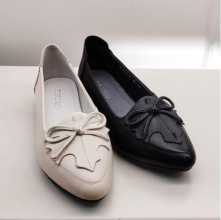 富贵鸟 2019春季新款女鞋 FW9121259 黑色/白色