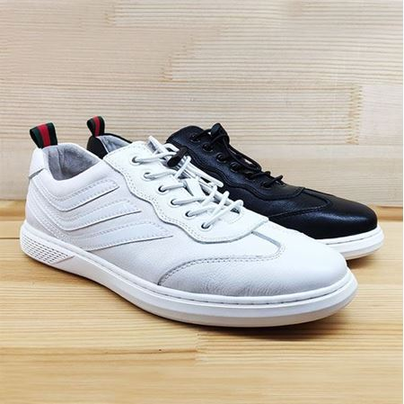 豪行 2019春季新款休闲男鞋K916817 黑色/白色