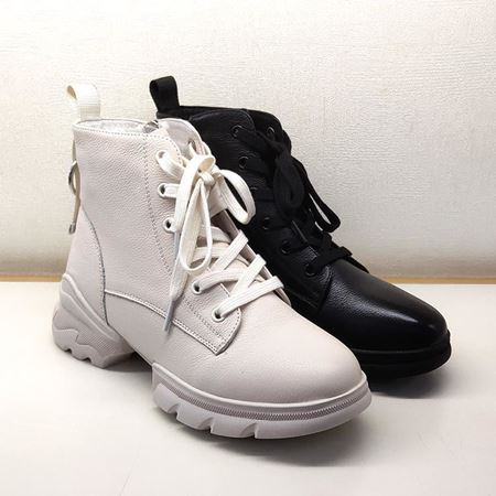 【中秋特惠】骆驼女式皮靴 A193529036 白色/黑色 2019秋季新款